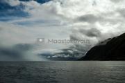 <h5>Dramaattinen taivas</h5><p>Myrskypilvet ovat saapumassa erääseen Norjan vuonoon. Tunnus: img_4490</p>