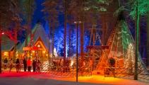 <h5>Joulumaa</h5><p>Kauniisti valaistu joulumaa Rovaniemellä. Tunnus: img_5121</p>