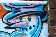 <h5>Lumiukko</h5><p>Graffiti lumiukosta. Tunnus: img_5158</p>