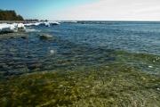 <h5>Meri</h5><p>Itämeri on kirkasvetinen juuri jäiden lähdön jälkeen. Tunnus: img_8269</p>