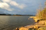 <h5>Syksy saapuu saaristoon</h5><p>Loppusyksyn maisemia Porvoon saaristosta. Tunnus: img_4881</p>