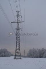 <h5>Voimalinjat</h5><p>Vantaajoen äärellä kulkevat voimalinjat. Tunnus: img_8520</p>